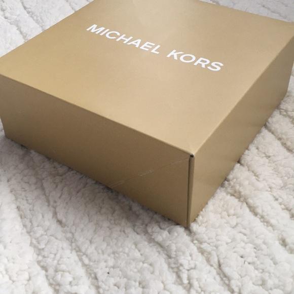 Michael Kors Other - Michael Kors Gift Box & Michael Kors - Michael Kors Gift Box from Laylau0027s closet on Poshmark Aboutintivar.Com